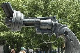 gun with knot